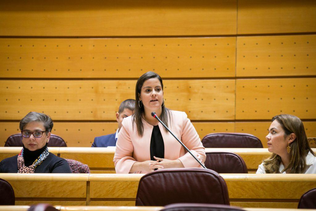 Yaiza Castilla pregunta a la ministra